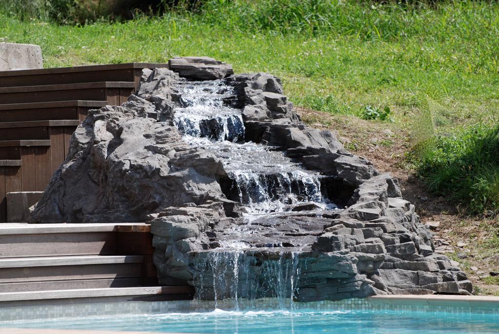 cierny-vodopad